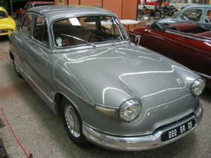 photo Panhard PL 17