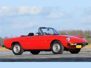 photo Alfa Romeo Spider Duetto [115]