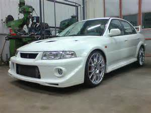 photo Mitsubishi Lancer Evolution  (phase 6)